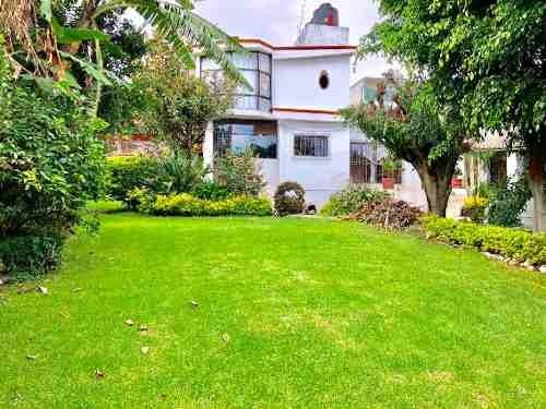 casa sola en santa maría ahuacatitlán / cuernavaca - via-390-cs