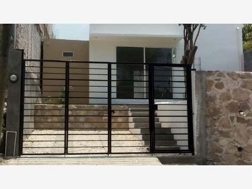 casa sola en venta 3 de mayo