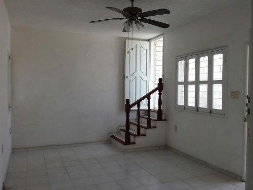 casa sola en venta adolfo ruiz cortinez