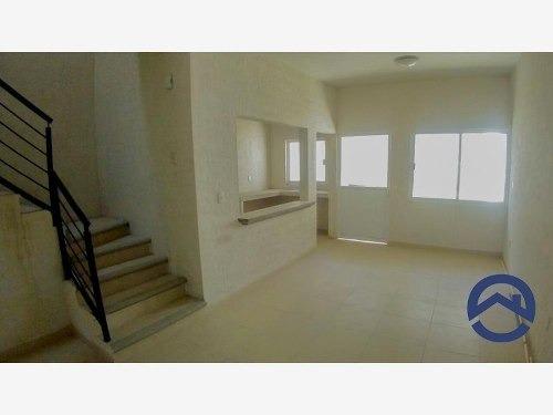casa sola en venta albania alta