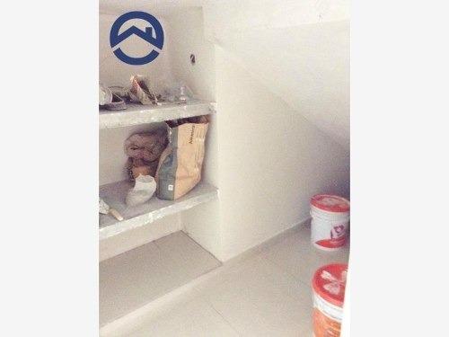 casa sola en venta albania baja