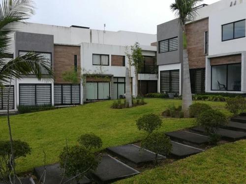 casa sola en venta alika residencial