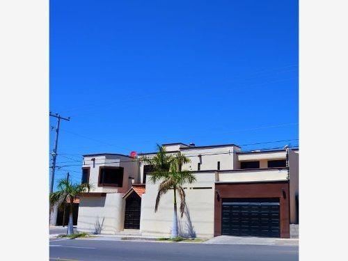 casa sola en venta arcoiris 3