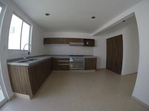 casa sola en venta cañadas del arroyo