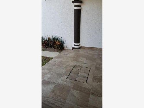 casa sola en venta casa en colonia pablo terres burgos con alberca