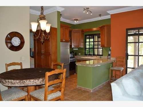 casa sola en venta centenario