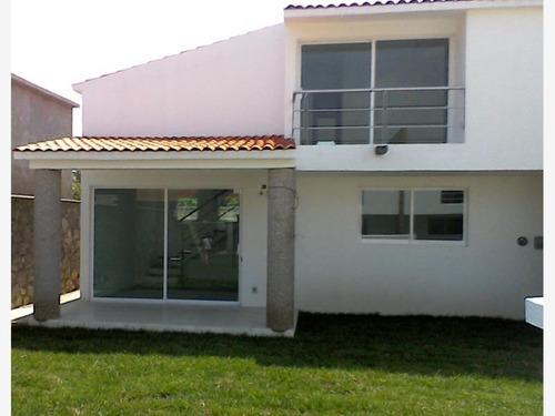 casa sola en venta centro cocoyoc