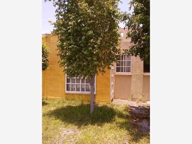 casa sola en venta centro de tezoyuca