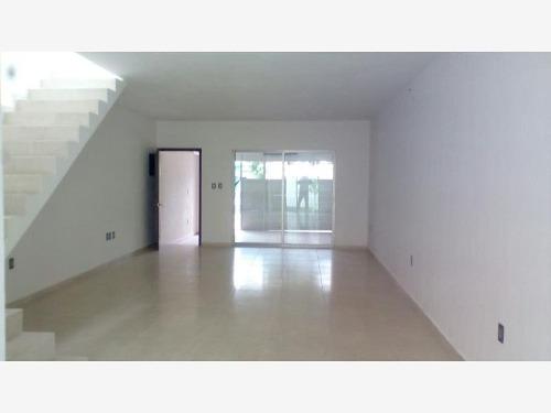 casa sola en venta col ejido 1 de mayo sur