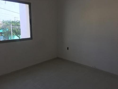 casa sola en venta col primero de mayo sur