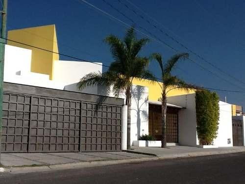 casa sola en venta colonia juriquilla