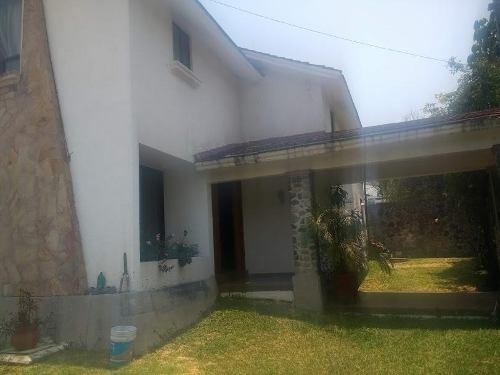 casa sola en venta  con vigilancia en burgos