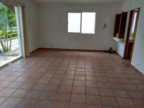 casa sola en venta condominio lomas de cortes