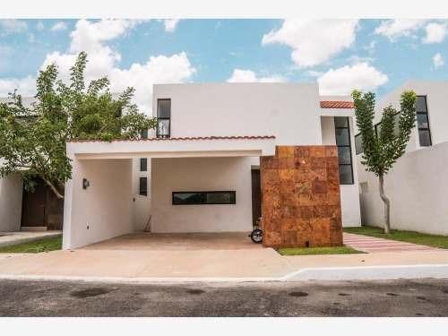 casa sola en venta conkal