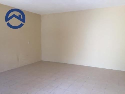 casa sola en venta cruz con casita