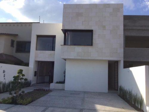 casa sola en venta cumbres del lago