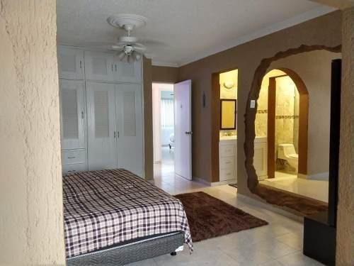 casa sola en venta de 3 recs. calle edzna. smz 38. cancún
