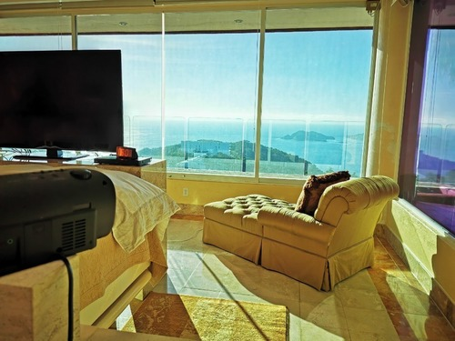 casa sola en venta en colinas brisas del marques