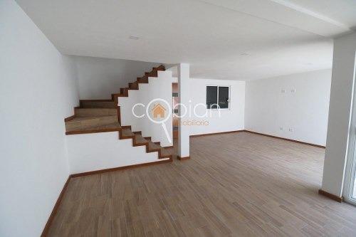 casa sola en venta en momoxpan, san pedro cholula