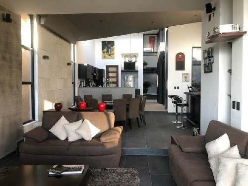 casa sola en venta en vista real y country club, corregidora, querétaro