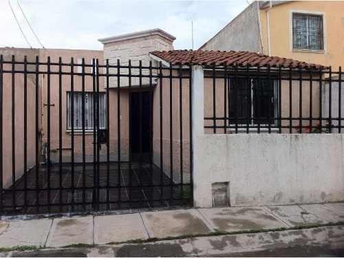 casa sola en venta excelente casa 1 planta 3 recamaras atras uaeh $730,000