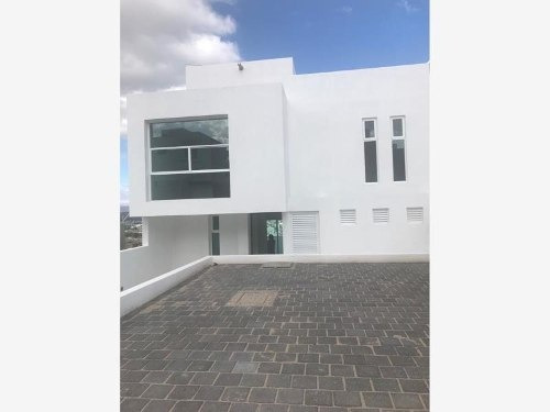casa sola en venta frac. grand juriquilla