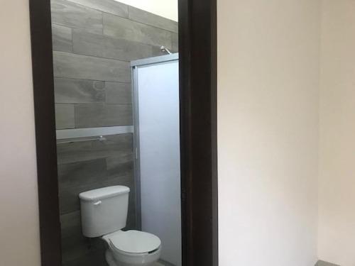 casa sola en venta fracc alta vista