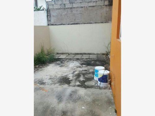 casa sola en venta fracc. blancas mariposas