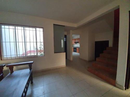 casa sola en venta fracc brasilito