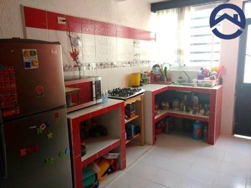 casa sola en venta fracc centenario tuchtlan