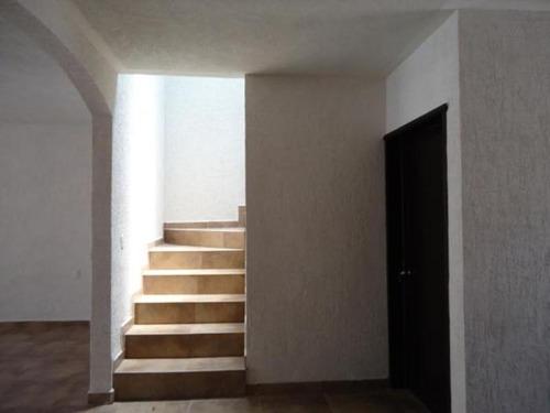 casa sola en venta fracc el cortijo (cond san jose)