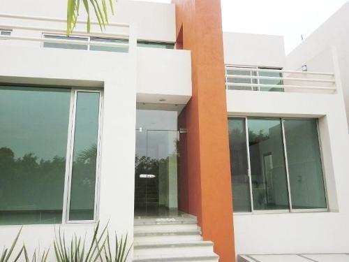 casa sola en venta fracc kloster sumiya