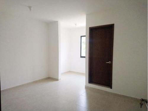 casa sola en venta fracc lomas de ixtacomitan