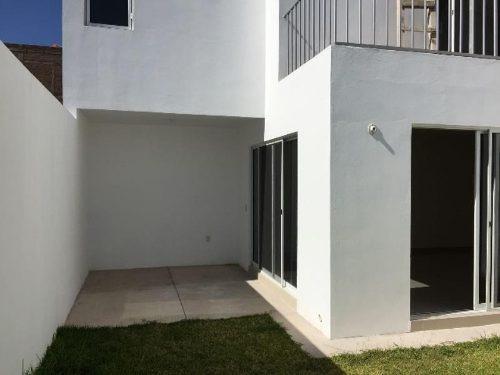 casa sola en venta fracc. privadas del guadiana