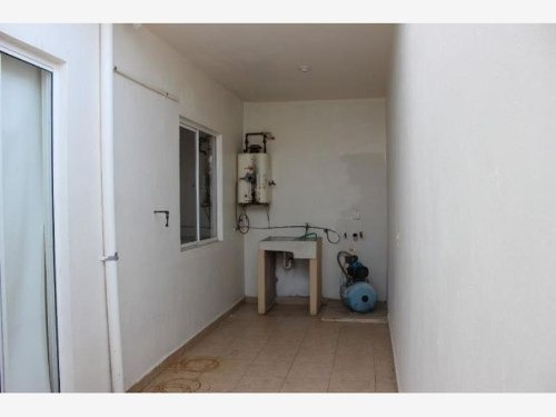casa sola en venta fracc real pacifico