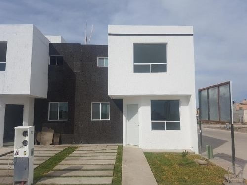 casa sola en venta fracc. san daniel