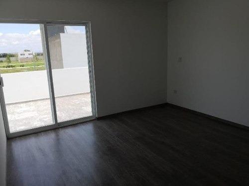 casa sola en venta fracc veranda residencial