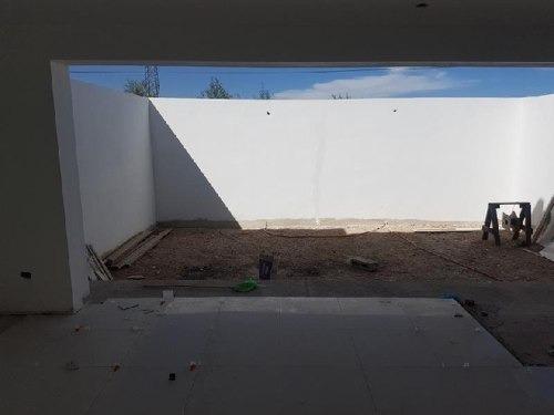 casa sola en venta fracc villas de zambrano ii