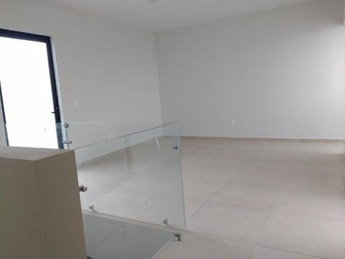 casa sola en venta fracc zibata