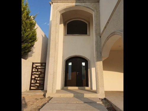 casa sola en venta fraccioamiento privanzas del campestre