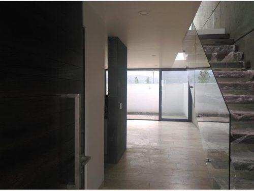 casa sola en venta fraccionamiento altozano