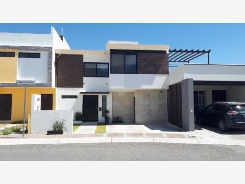 casa sola en venta fraccionamiento condesa juriquilla
