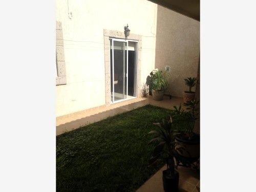 casa sola en venta fraccionamiento esmeralda