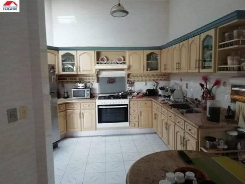 casa sola en venta fraccionamiento lomas verdes