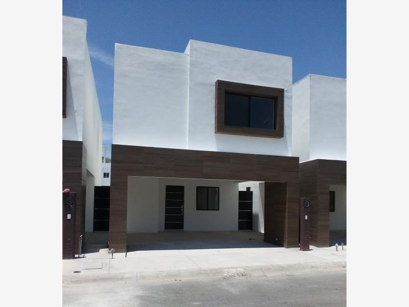 casa sola en venta fraccionamiento puerta de hierro