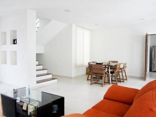 casa sola en venta fraccionamiento villas del lago