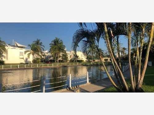 casa sola en venta frente a playa bonfil, 4 rec riviera diamante acapulco