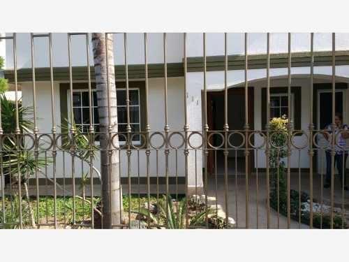 casa sola en venta haciendas del campestre