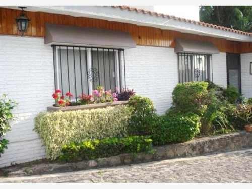 casa sola en venta jardines de acapatzingo