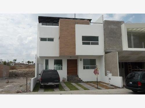 casa sola en venta juriquila